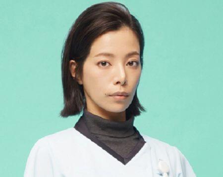 先輩薬剤師・刈谷奈緒子(桜井ユキ)
