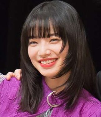小松菜奈は「溺れるナイフ」キスシーンにプロ意識