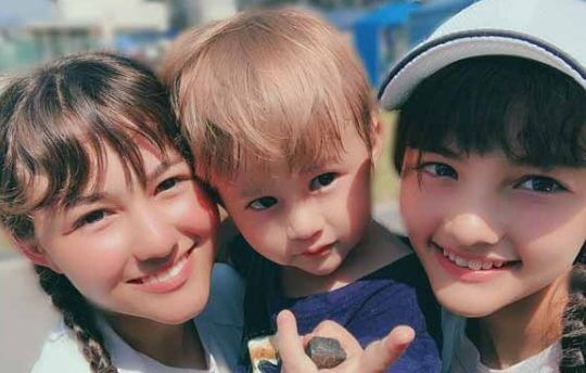 可愛すぎる村重杏奈の妹と弟画像