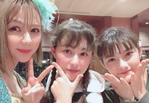 村重杏奈三姉妹の画像