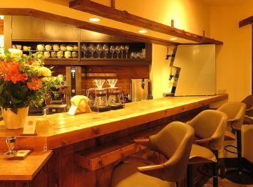 住吉美紀アナの旦那のカフェは完全予約制か