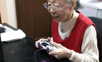 ゲーマーグランマ森浜子の年収は800万超⁉90歳YouTuberの素顔が凄い!