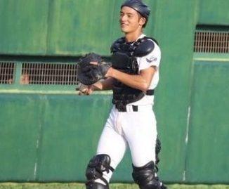 岡田健史は小学生から野球一筋