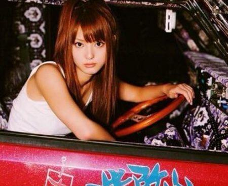 佐々木希のヤン車の写真がお似合い?