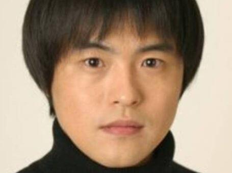 バカリズムの本名は升野英知!読み方は!?